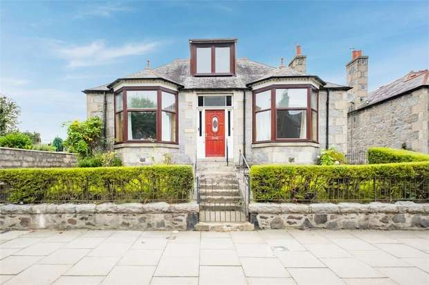 3 Bedrooms Detached Bungalow for sale in Holburn Street, Aberdeen
