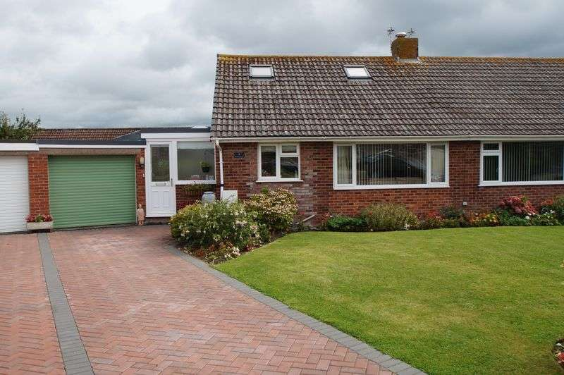 4 Bedrooms Property for sale in Westfield Close, Burnham-On-Sea
