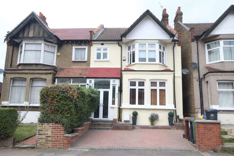 4 Bedrooms Semi Detached House for sale in Chingford Avenue, Chingford, London, E4