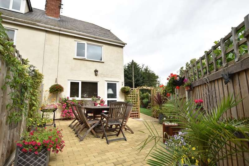 3 Bedrooms Terraced House for sale in Eckington Road, Birlingham, Pershore, WR10