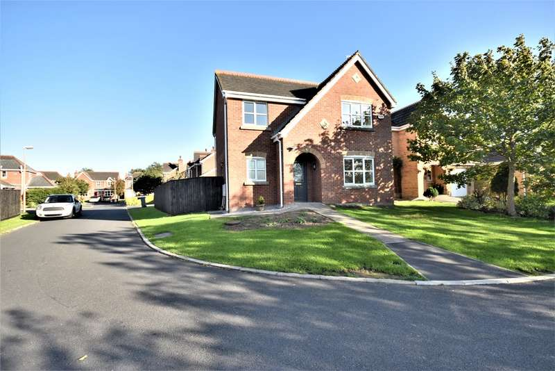 4 Bedrooms Detached House for sale in 4 Lark Close, Blackpool