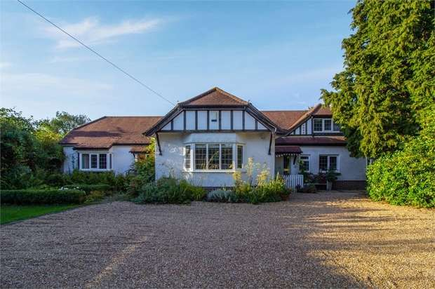 5 Bedrooms Detached House for sale in Cousley Wood, Wadhurst, East Sussex