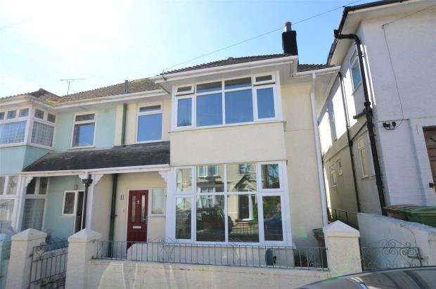 3 Bedrooms Semi Detached House for sale in Beechcroft Road, Beacon Park, Plymouth, Devon