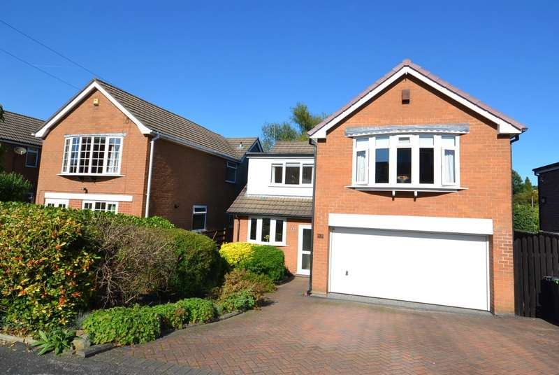 4 Bedrooms Detached House for sale in Ashbrook Road, Bollington, Macclesfield