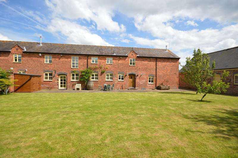 4 Bedrooms Barn Conversion Character Property for sale in Tollgate Barn, Crewe Green, Crewe Road, Crewe, Cheshire, CW1 5NR
