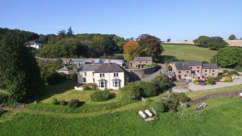 5 Bedrooms Property for sale in Welsh Newton Common