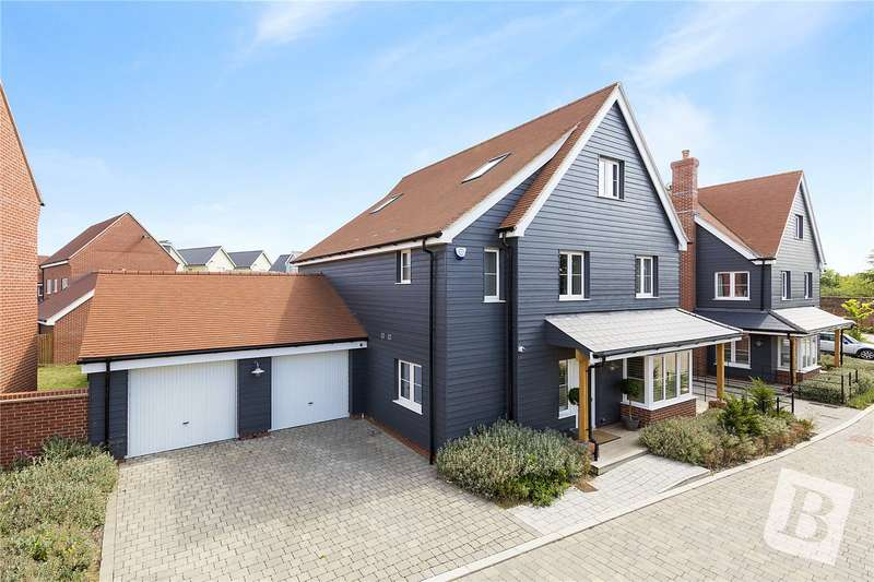 5 Bedrooms Detached House for sale in Robert Finch Crescent, Beaulieu Park, Chelmsford, Essex, CM1