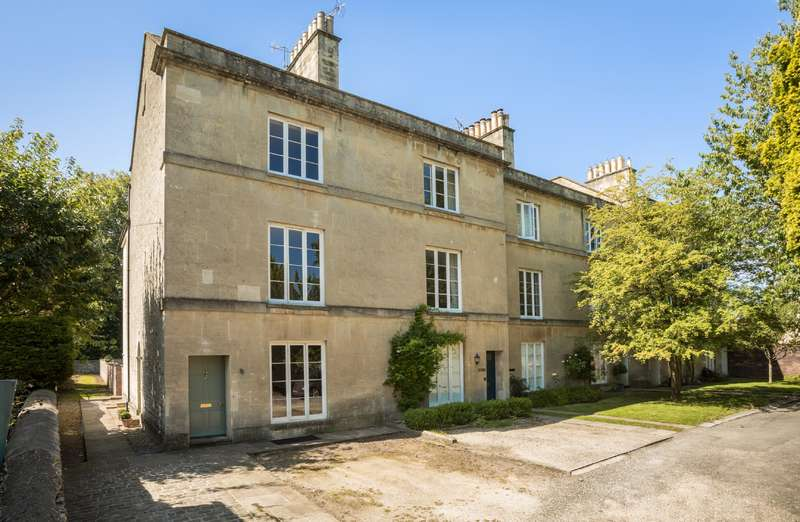5 Bedrooms Terraced House for sale in Chesterton Terrace, Watermoor Road, Cirencester