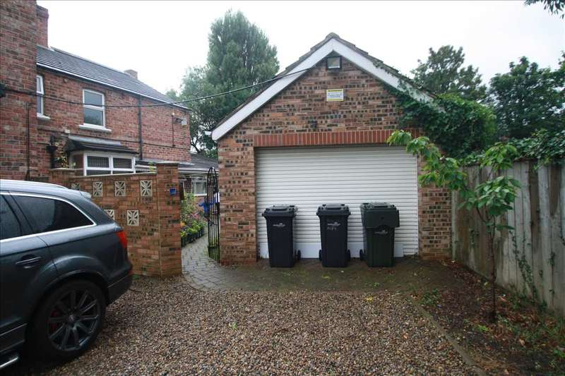 5 Bedrooms Semi Detached House for sale in Orchard Road, Middlesbrough
