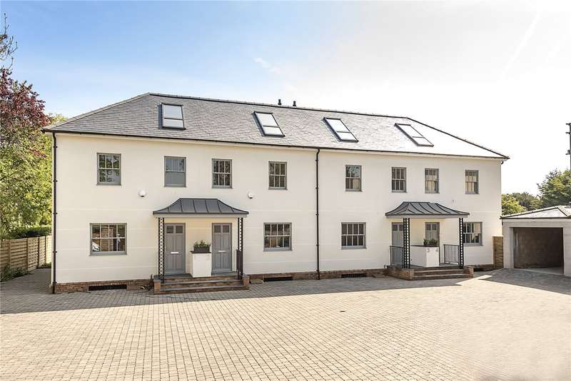 4 Bedrooms Mews House for sale in Datchet Road, Old Windsor, Windsor, Berkshire, SL4