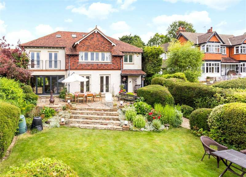 5 Bedrooms Detached House for sale in Hook Hill, South Croydon, CR2