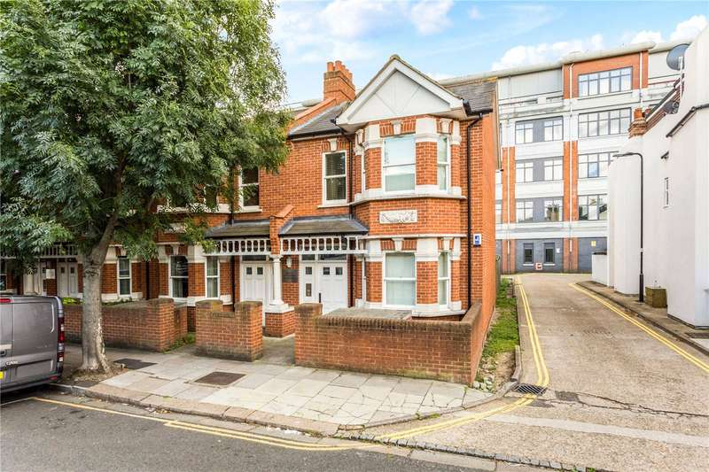 2 Bedrooms Flat for sale in Brattain Court, 152 Valetta Road, London, W3