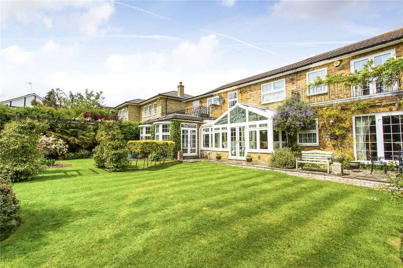 5 Bedrooms Detached House for sale in Georgian Close, Stanmore, HA7