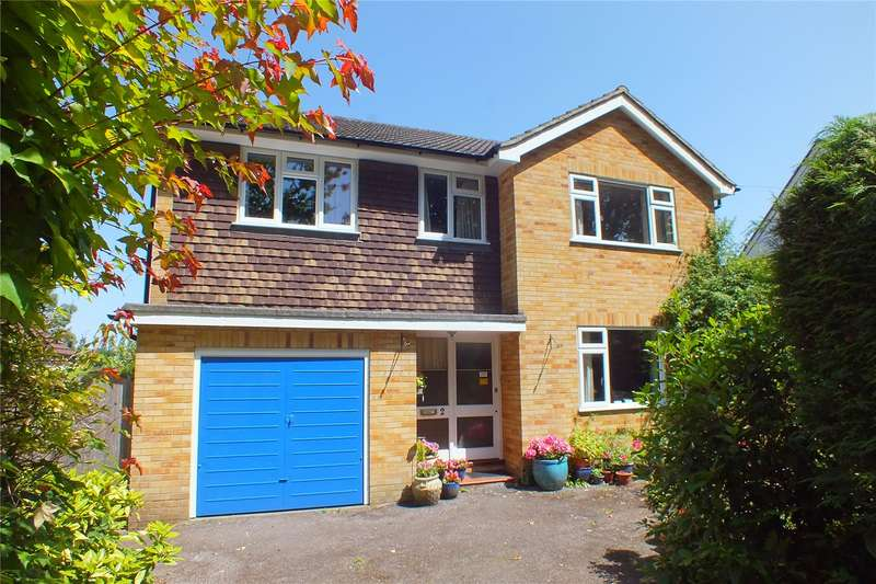4 Bedrooms Detached House for sale in Ashley Road, Farnborough, Hampshire, GU14