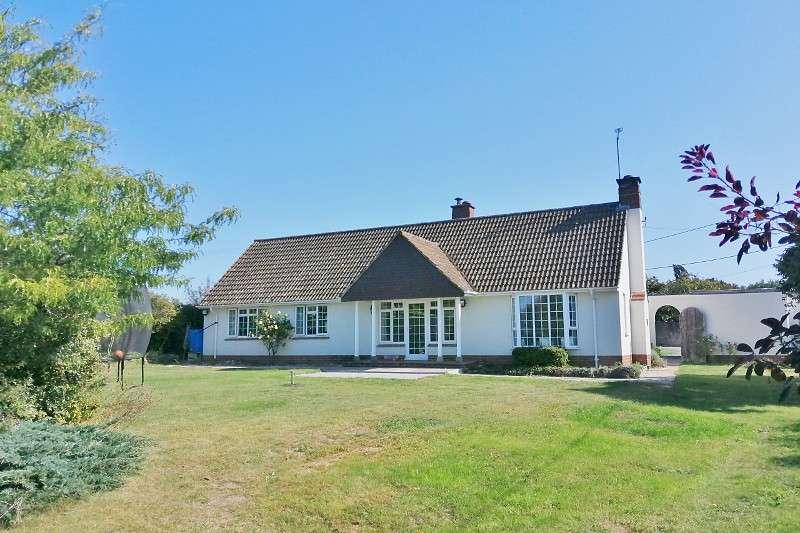 3 Bedrooms Bungalow for sale in Durrington
