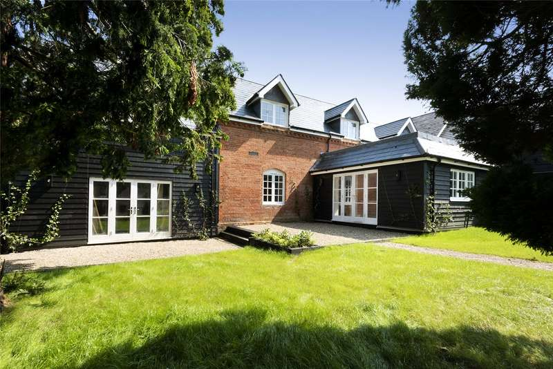 3 Bedrooms House for sale in Godden Green, Sevenoaks, Kent, TN15