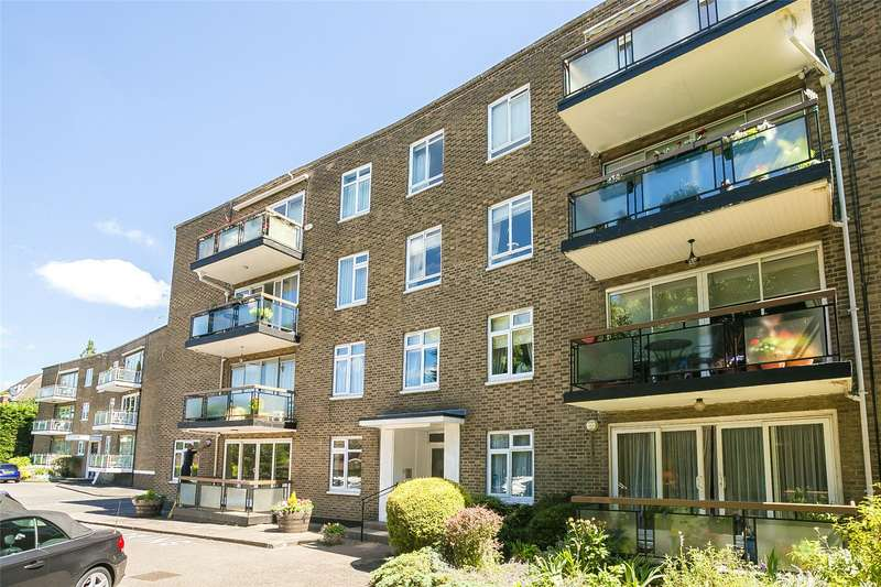 3 Bedrooms Flat for sale in Holmebury Close, Hive Road, Bushey Heath, WD23