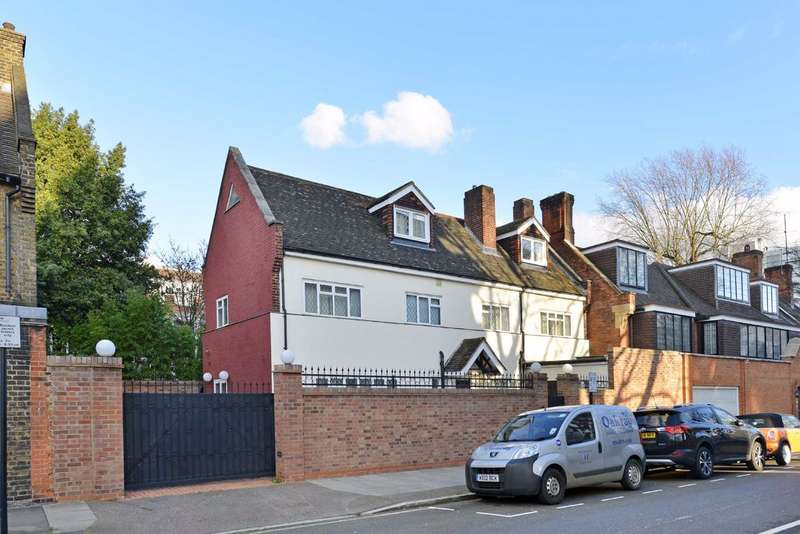 5 Bedrooms Semi Detached House for rent in Townshend Road, London, NW8