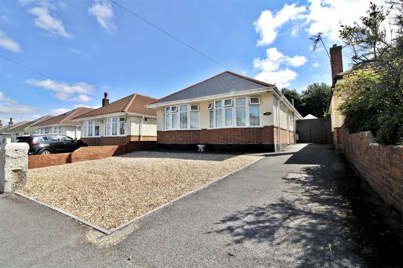 3 Bedrooms Bungalow for sale in Daws Avenue, Bournemouth