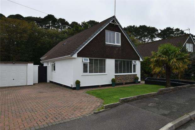 4 Bedrooms Detached House for sale in Penkernick Way, St. Columb, Cornwall