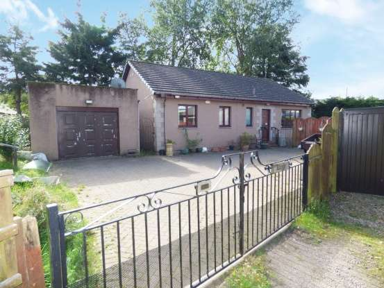 3 Bedrooms Detached Bungalow for sale in Eastmill House Gardens, Brechin, Angus, DD9 7LZ