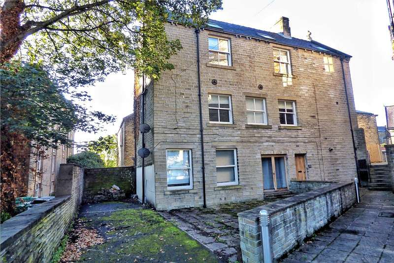 2 Bedrooms Apartment Flat for sale in The Coach House, 70 New North Road, Edgerton, West Yorkshire, HD1