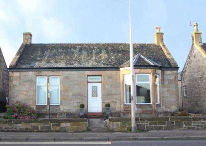 4 Bedrooms Bungalow for sale in Redding Road, Brightons