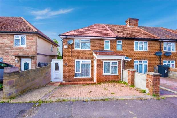 4 Bedrooms Semi Detached House for sale in Spearing Road, High Wycombe, Buckinghamshire