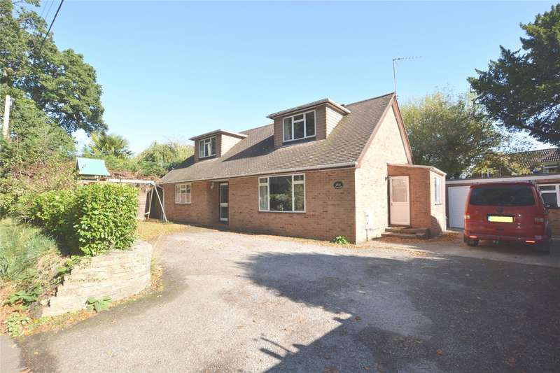 4 Bedrooms Detached Bungalow for sale in Wainsford Road, Everton, Lymington, Hampshire, SO41