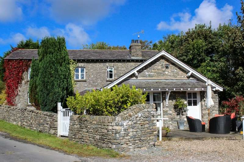 4 Bedrooms Detached House for sale in The Old Stables, Eskrigg End, Old Hutton, Cumbria