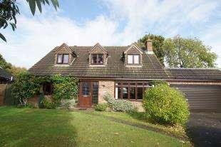 4 Bedrooms Detached House for sale in Ridgeway, Hurst Green, Etchingham, East Sussex