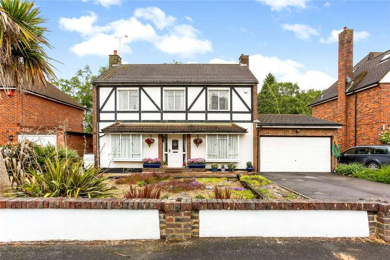 4 Bedrooms Detached House for sale in Revelstoke Avenue, Farnborough, Hampshire, GU14