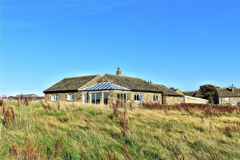3 Bedrooms Equestrian Facility Character Property for sale in Sandy Gate, Scholes, Holmfirth, West Yorkshire, HD9