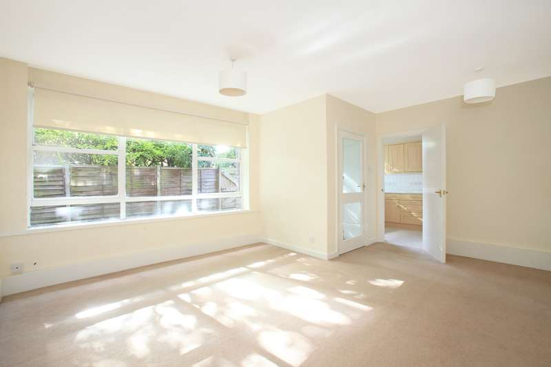 1 Bedroom Apartment Flat for rent in Gainsborough Court, College Road, London