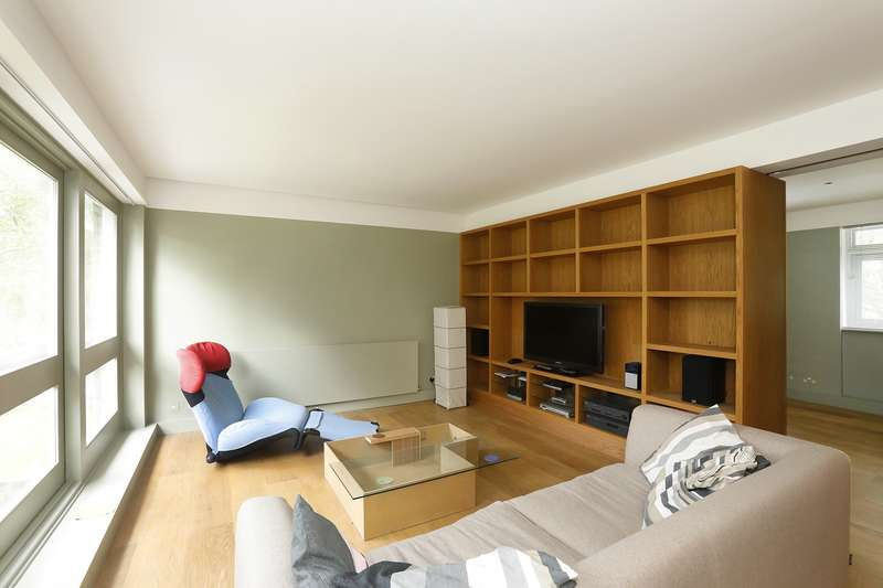2 Bedrooms Apartment Flat for rent in Breakspeare, College Road
