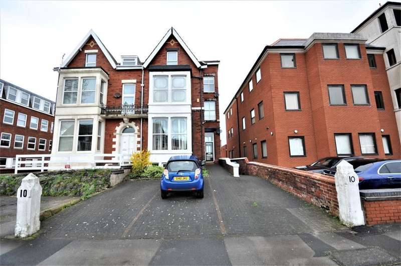 2 Bedrooms Flat for sale in Richmond Road, Lytham St. Annes