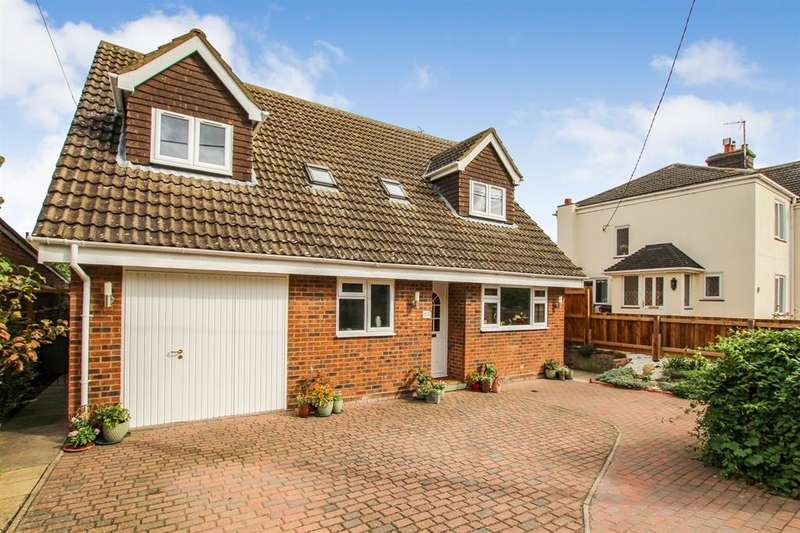 4 Bedrooms Detached House for sale in Pebblemoor, Edlesborough