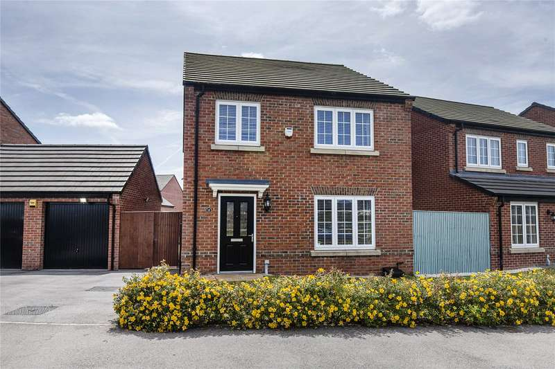 4 Bedrooms Property for sale in Colliers Road, Featherstone, Pontefract