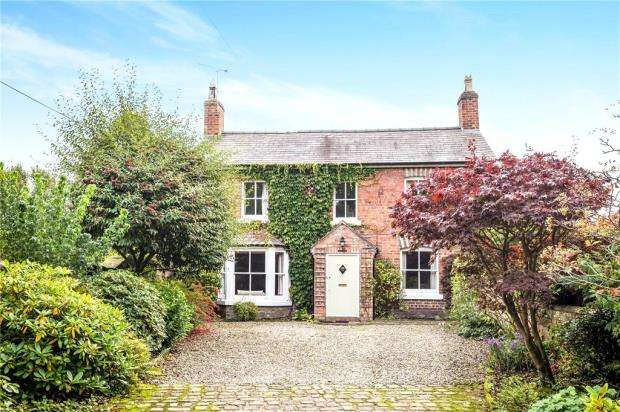 3 Bedrooms Detached House for sale in Rowton Lane, Rowton, Chester