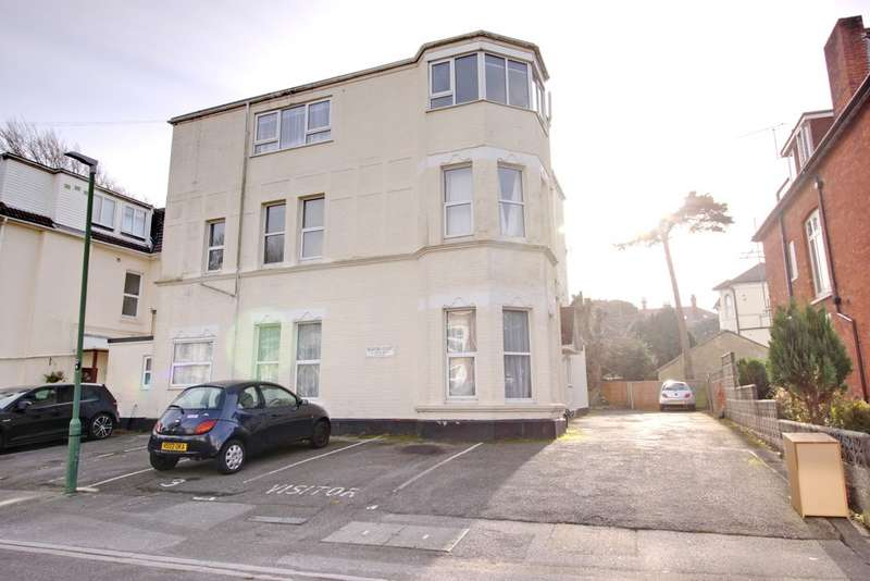 2 Bedrooms Flat for rent in Bournemouth, Dorset BH5