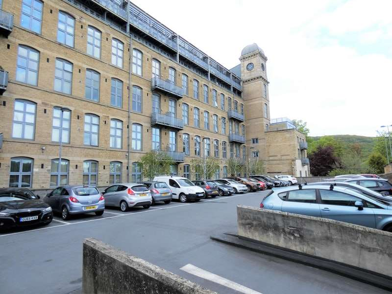 2 Bedrooms Apartment Flat for sale in Park Road, Elland, West Yorkshire, HX5