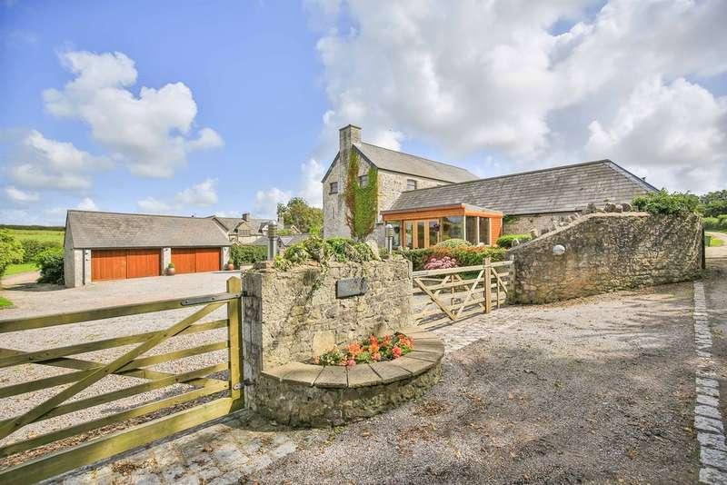 5 Bedrooms Detached House for sale in Clemenstone, Cowbridge