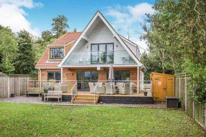 4 Bedrooms Detached House for sale in Hoveton, Norwich, Norfolk