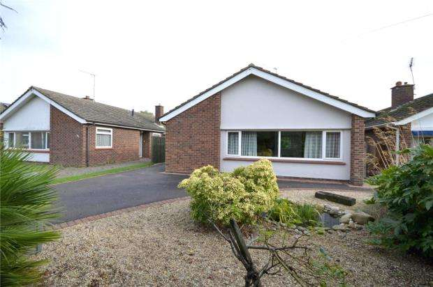 3 Bedrooms Detached Bungalow for sale in Rosemary Avenue, Felixstowe, Suffolk