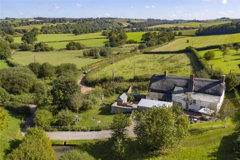 5 Bedrooms Detached House for sale in Bridge Reeve, Chulmleigh, Devon, EX18