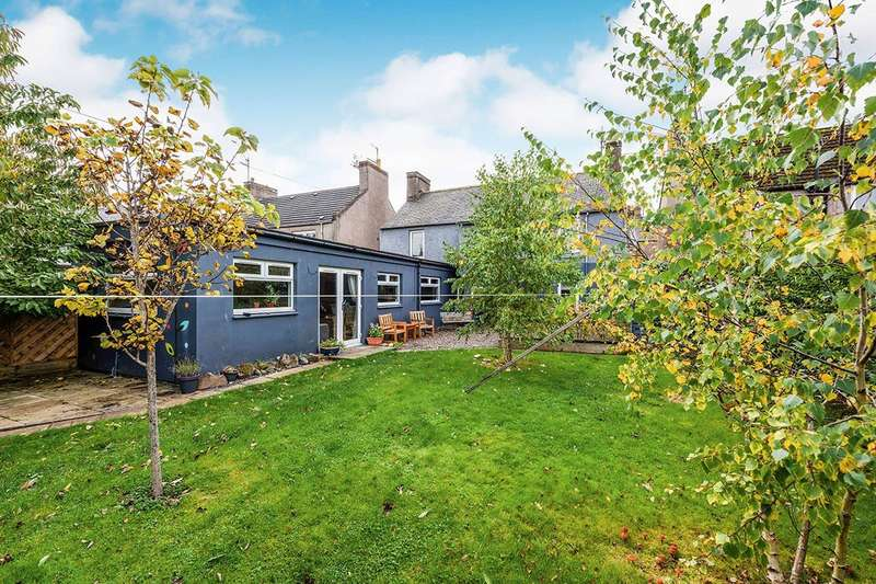 3 Bedrooms Flat for sale in Reform Street, DD10