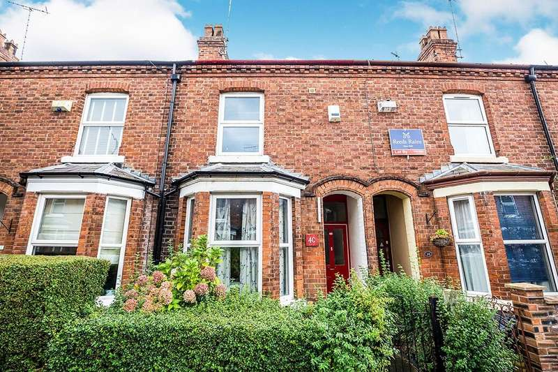 4 Bedrooms Terraced House for rent in Gladstone Avenue, Chester, CH1