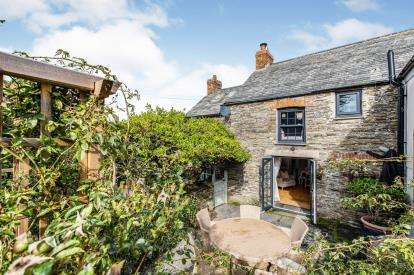 4 Bedrooms Semi Detached House for sale in Penrose, St Ervan, Cornwall