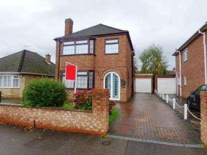 3 Bedrooms Detached House for sale in Warwick Road, Peterborough, Cambridgeshire