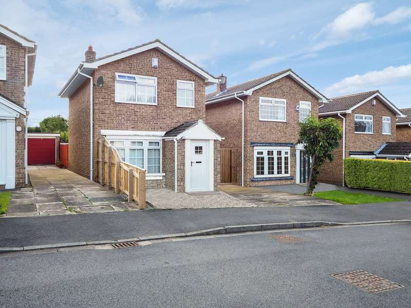 3 Bedrooms Detached House for sale in Tedworth Close, Guisborough TS14